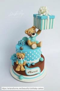 Beautiful-Teddy-Bear-Cake-683x1024