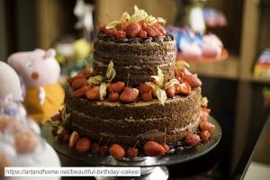Exposed-Edge-Chocolate-Strawberry-Cake