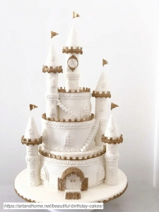 Princess-Castle-Cake-768x1024