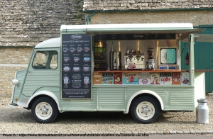 The-Cafeteria-vintage-coffee-van_side-view_web-resolution
